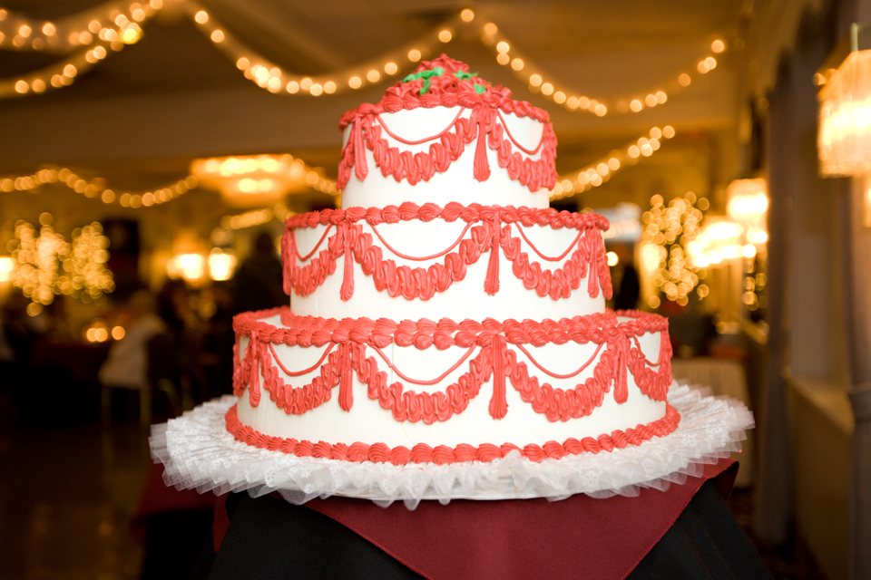the bethwood wedding cake photos