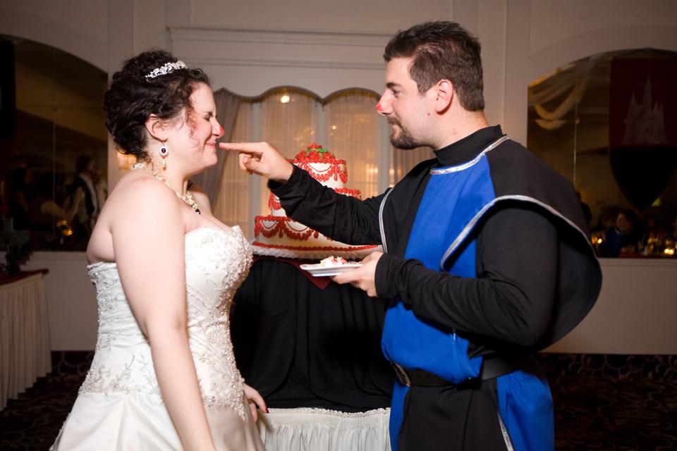 the bethwood wedding cake photos