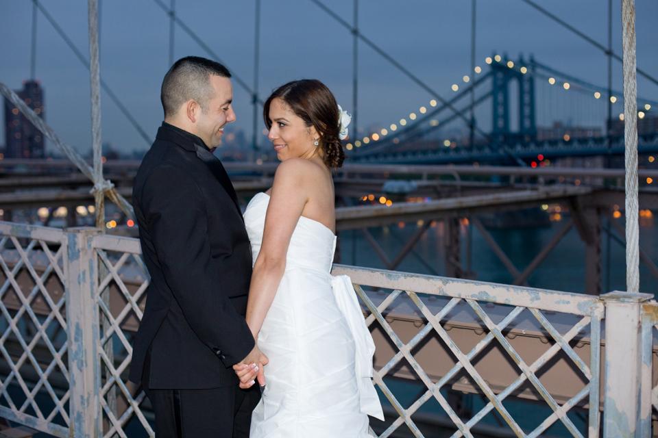 brooklyn bridge night wedding ceremony manhattan