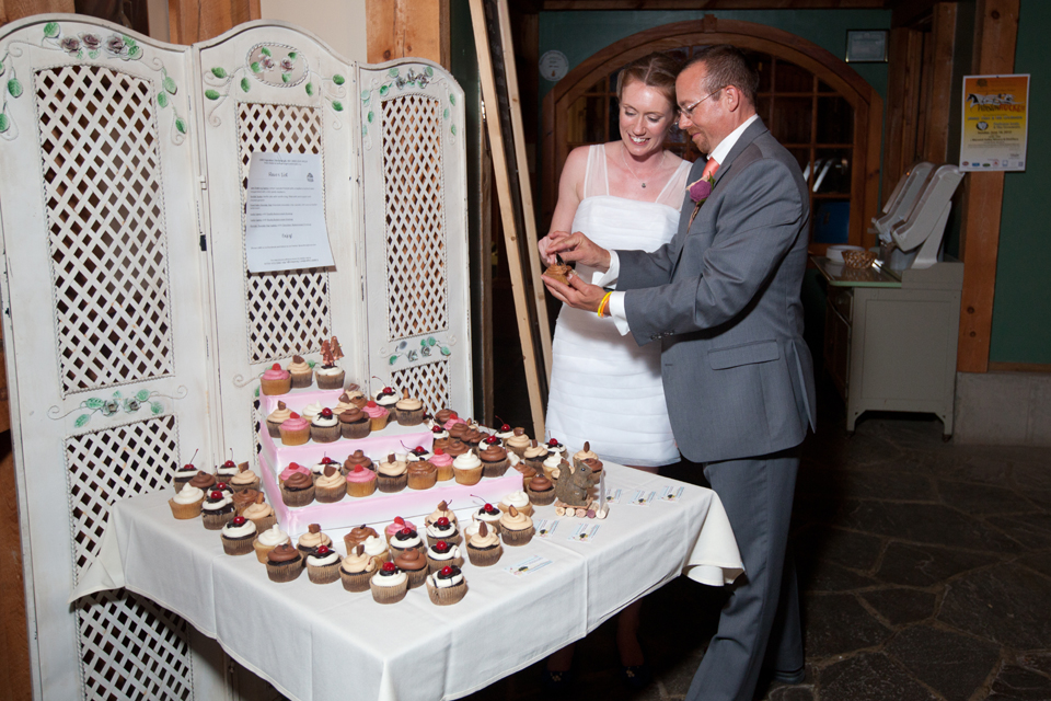country wedding cake cutting